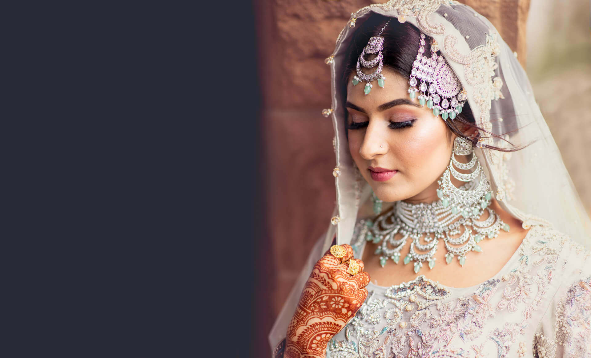 Amazing Pakistani Bride Pose