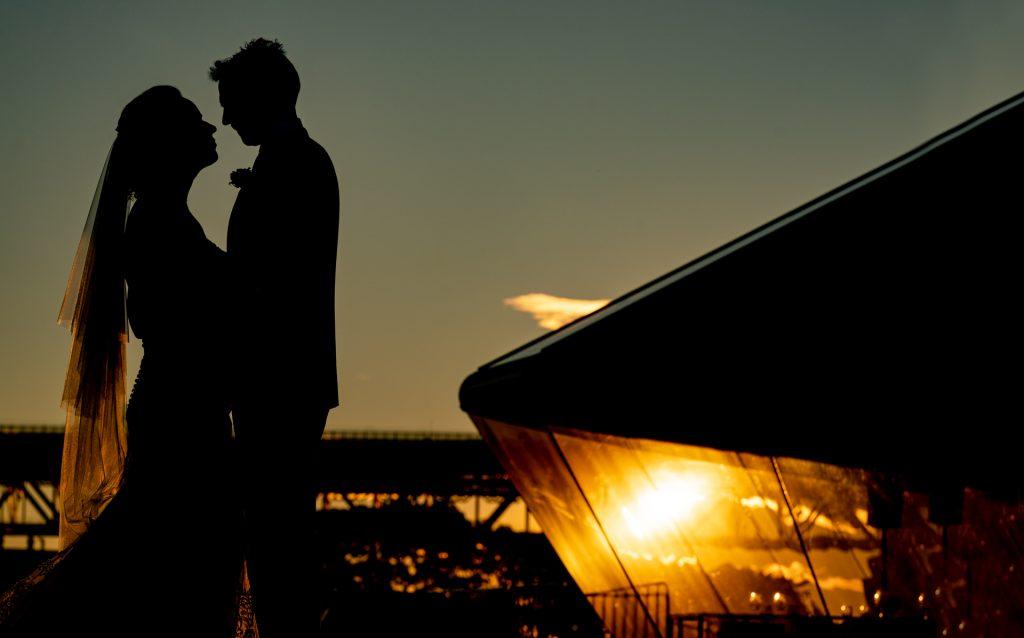 BENEFITS OF NATURAL LIGHT WEDDING PHOTOGRAPHY